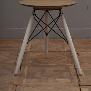 M200_Dining-Table_Nadeau-Furniture