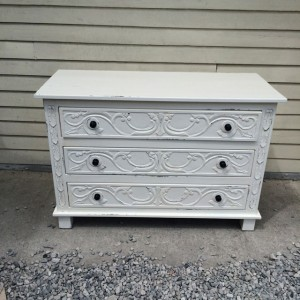 V203_Dresser_Nadeau-Furniture