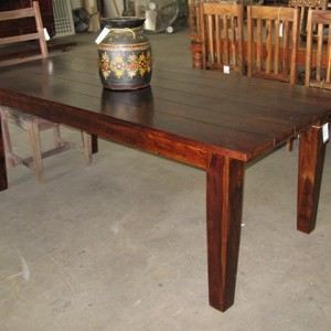 HW112 dining table 001