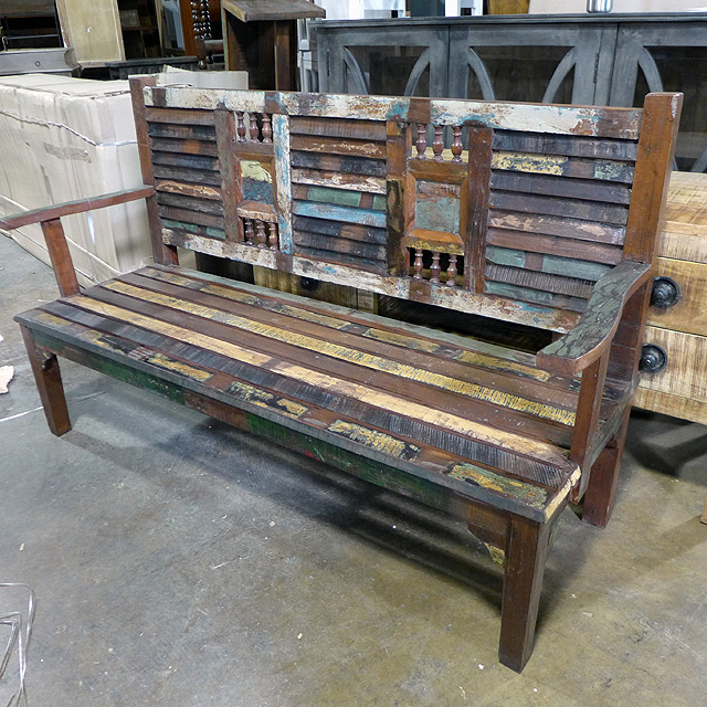 Bench   Nadeau Charlotte