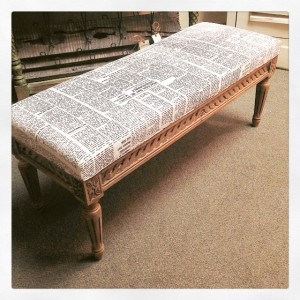 KA200-Small-Newspaper-Bench