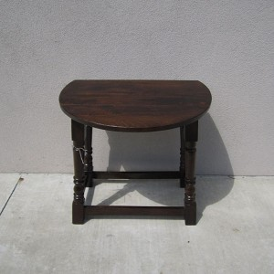 PC1040_Side-Table_Nadeau-Furniture-02