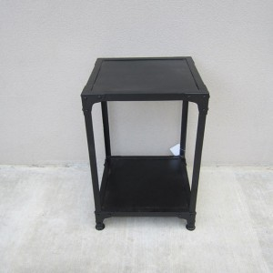 HW6028_Side-Table_Nadeau-Furniture-02